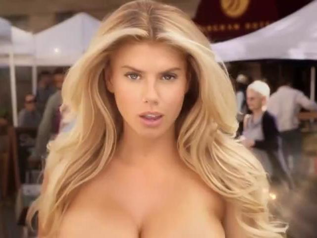 Charlotte McKinney Video Brutal En Anuncio Super Bowl 2015